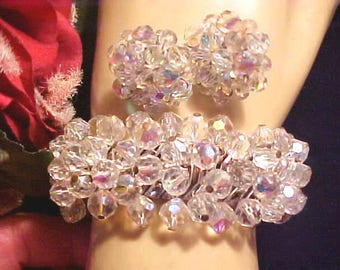Vintage 60s CRYSTAL Bracelet Metal EXPANSION & Face Lift Ears 100s Dangle Beads GORGEOUS