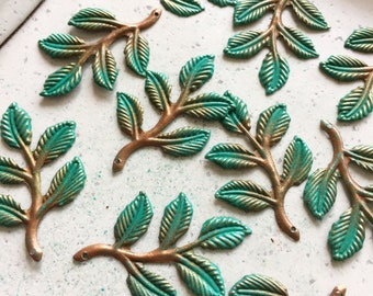 Handpainted Verdigris Patina Filigree Leaf Charms  (18080) - 37x25mm