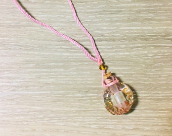 FREE sample oil with Essential oil diffuser necklace