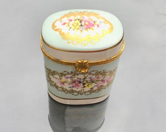Limoges porcelain trinket box; large Limoges trinket pot; fini main trinket box; Porcelain de France trinket box, green, white and gold pot