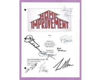 Home Improvement Pilot TV Script Autographed: Pamela Anderson, Tim Allen, Patricia Richardson, Earl Hindman, Zachery Ty Bryan