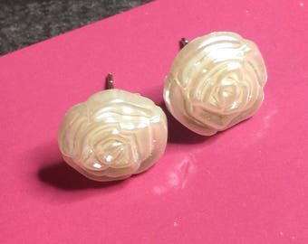 Little white rose stud earrings