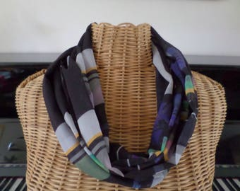 snood scarf with different colors