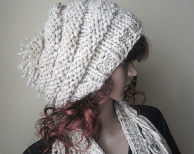 KNIT HAT BEEHIVE beanie,  Womens hat,  Fall/winter hat Chunky beanie, slouchy beanie,  chunky hat, slouchy hat, chunky slouchy beanie