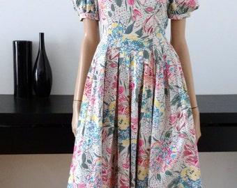 LAURA ASHLEY white flowers dress bright size 34 / uk size 6 / us 2