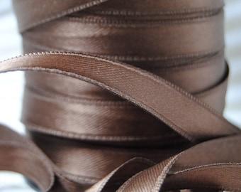 Brown 10 mm Brown satin ribbon
