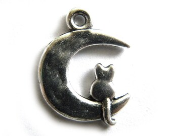 6 Silver Cat on Moon Charms