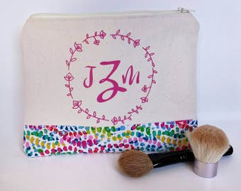 Monogrammed Cosmetic Bag - Large Make Up Bag - Mothers Day Gift - Personalized Makeup Bag - Bridesmaid Gift - Best Friend Gift - Zipper Bag