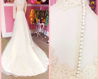 1940s lace ans pearl embellished wedding gown with massive train