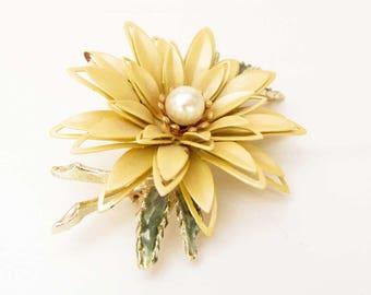 Vintage Large Yellow Green Leaf Enamel Flower Brooch Metal Flower Brooch Enamel Jewelry Flower Jewelry Flower Pin Cottage Chic