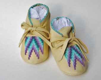 Native American Moccasins, Purple Beaded, Lavender Shoes, Turquoise Beadwork, Unique Baby Shoes, Girl Leather Shoes, Baby Gift, infant shoes