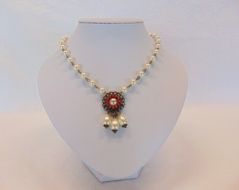 """Renaissance Necklace """"Lady Isabell"""""""