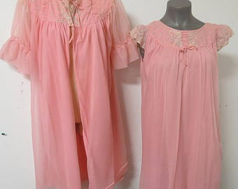 Nylon Chiffon Pink Pegnior Nightgown Robe Canadian Miss M #121