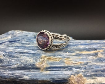 Amethyst Ring // 925 Sterling Silver // Natural Amethyst // Round Braided Oxidized Setting