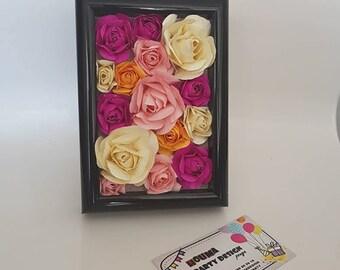 3d mini paper rose in the fram