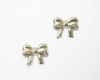 Gold Bow for Sensitive Ears