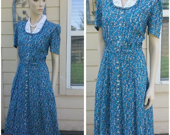 Beautiful Vintage 90s dress by Karin Stevens petites size 10