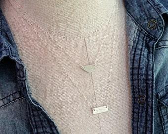 Personalized Minimalist Geometric Initial Necklaces / Triangle Necklace / Tiny Nameplate Necklace / Monogram Geometric Necklace Set of 2