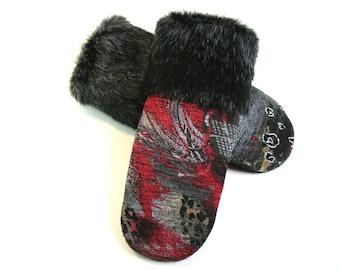 Ladies mittens, mitten and fur mink, sweater mitten, recycled sweater, boiled wool mittens, black mink fur, handmade mitten, classic mittens