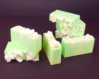 5.0 oz Handmade Goats Milk Soap Lemon Lime Scent
