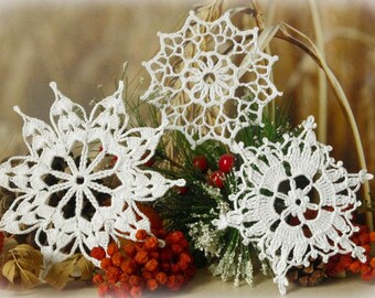Crochet snowflakes set of 3 Large snowflakes Hanging winter decorations Winter decor Lace snowflake Handmade ornaments S2 S5 B