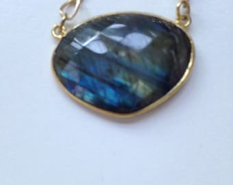 Faceted Labradorite in gold with clasp