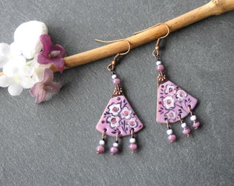 Earrings triangle earrings copper enamel, floral, cat's eye, seed beads, Miyuki beads, purple, white, black