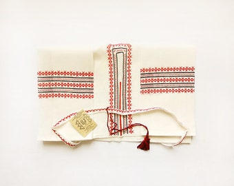 Vintage DIY Ukrainian folk Blouse Set, red, black and white, embroidery cotton batiste women blouse, unique ukrainian souvenir, rustic, USSR
