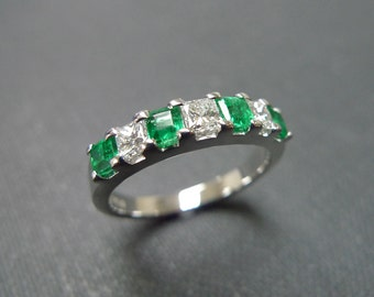 Diamond Wedding Ring with Emerald in 14 White Gold