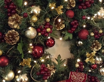 Christmas Wreath, Lighted Wreath,Cordless LED Light, Artificial Wreath, Burgundy Crest Ribbon,