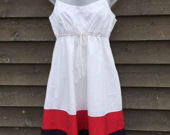 TOMMY HILFIGER Colour Block 100% Cotton Sweet SUNDRESS- Size 6- Lined- Small Bodice- Brand New Tags Attached- White/Red/Navy Blue-only one