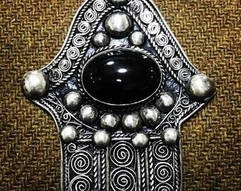 Berber Fatima's hand