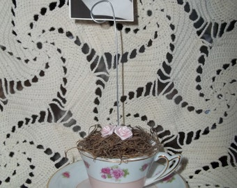 Dainty Tea Cup Photo Holder