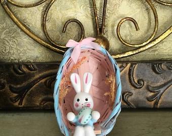 EGGCELENT Wooden bunny rabbit in basket vintage EASTER DECORATION