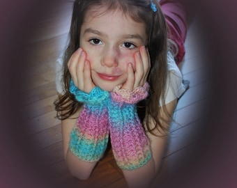 Lacy Fingerless Gloves pdf PATTERN, child and adult sizes, arm warmers, texting gloves, wrist warmers, mittens to crochet, digital download