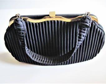 Navy Pleated Purse, Pintuck Navy Handbag, Navy Ribbed Purse, Vintage 40s Purse, Navy Blue Handbag, Pleated Vintage Bag, Vintage Pleated Bag