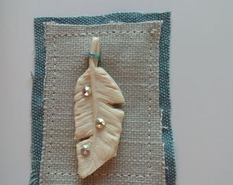 Greetings card with ceramic Feather and SwarovskiCyrstals