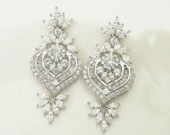 Crystal Earrings Wedding / Art Deco Bridal Earrings with Cubic zirconia leaf Vintage Wedding Jewelry gift for Brides Crystal Earrings Drop