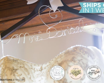 Wedding Hanger / Personalized Bridal Hanger / Wire Name hanger / Bride Hanger / Wire Hanger / Name Hanger / 5 Hanger Colors / 14 Wire Colors