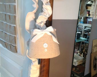 Wandering lamp made with old hemp