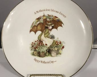 """Vintage 1976 Holly Hobbie Commemorative Edition Mother's Day 10"""" Plate"""