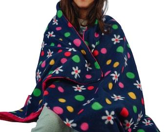 Daisies and dots fleece blanket, throw blanket, lap blanket