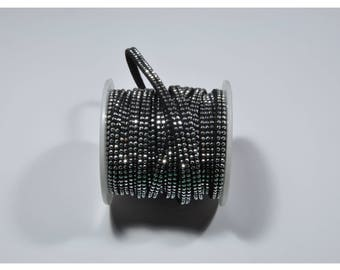 CO10 - 50 cm cord with studs silver
