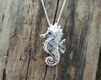 """Sterling Silver Seahorse Inlaid with Mother of Pearl Pendant on a 18"""" box chain #G4*18"""