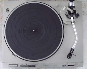 Vinyl Lovers Vintage Technics Direct Drive Automatic TurnTable