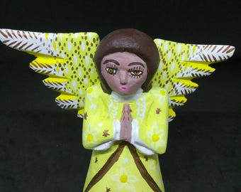 Angel Praying OAXACA Wood Carving ZENY FUENTES Collectible Folk Art Figurine
