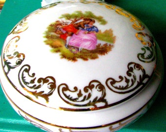 Royal Bavaria Fragonard Trinket Box With Lid, Vintage German Porcelain Jewelry Box With Courting Couple Scene Signed Fragonard Circa 1930s