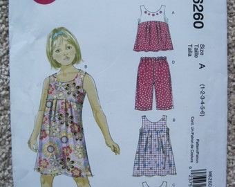 UNCUT Toddlers and Childrens Top, Dresses and Capri Pants - Size 1, 2, 3, 4, 5, 6 - McCalls Pattern M6260