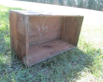Wood crate, wood box, vintage crate, vintage wood box ,large box, crate, farmhouse decor,