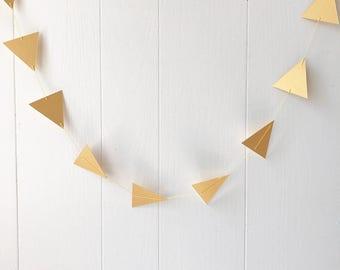 Triangle Arrow Gold Garland Bunting / Geometric wall hanging / Photo Prop / Baby Shower / Wedding Decor